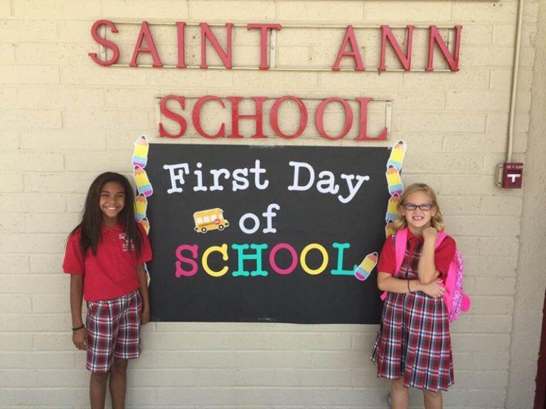 1stDay-SchoolSign-2Girls